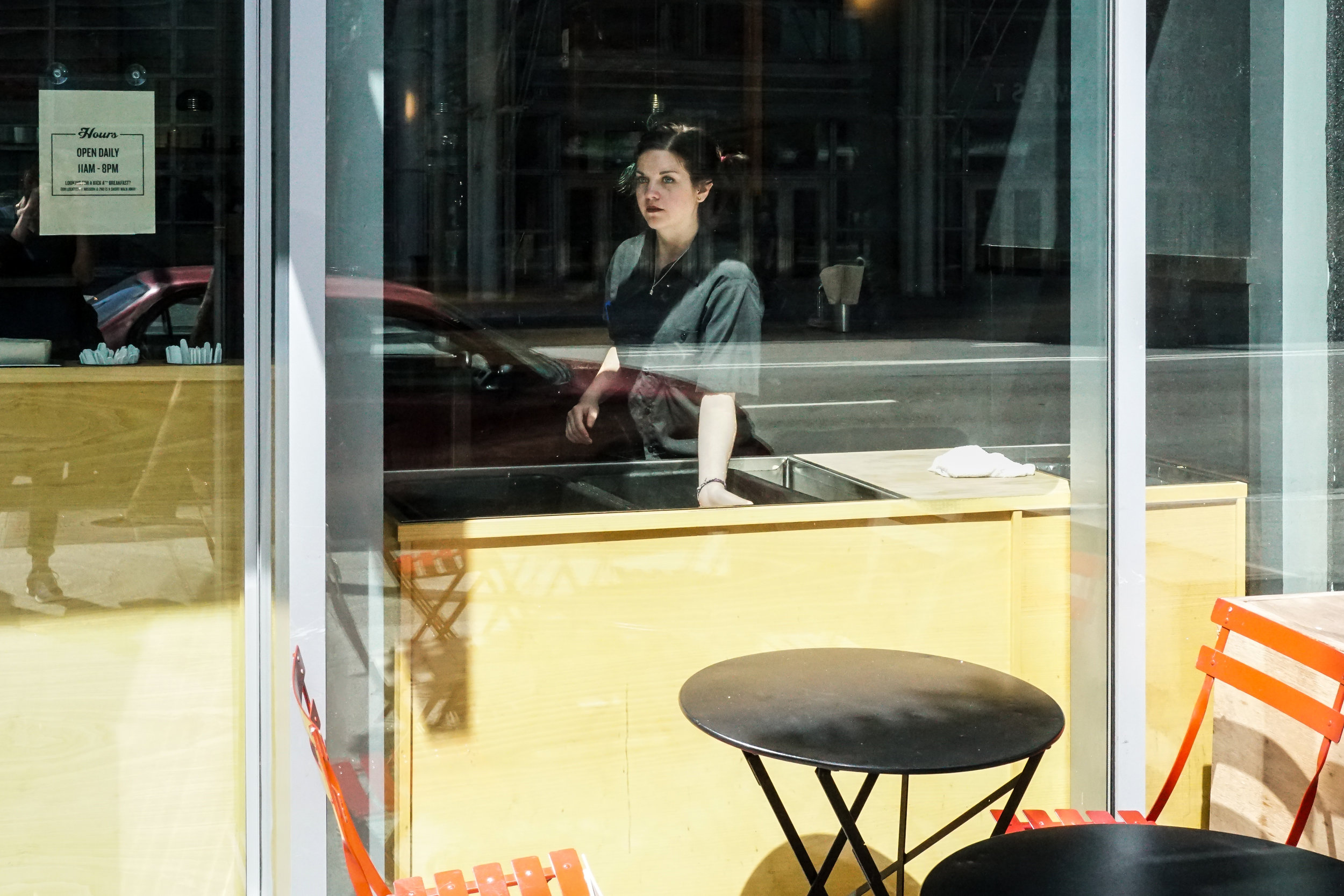 Waitress-1-01928.jpg