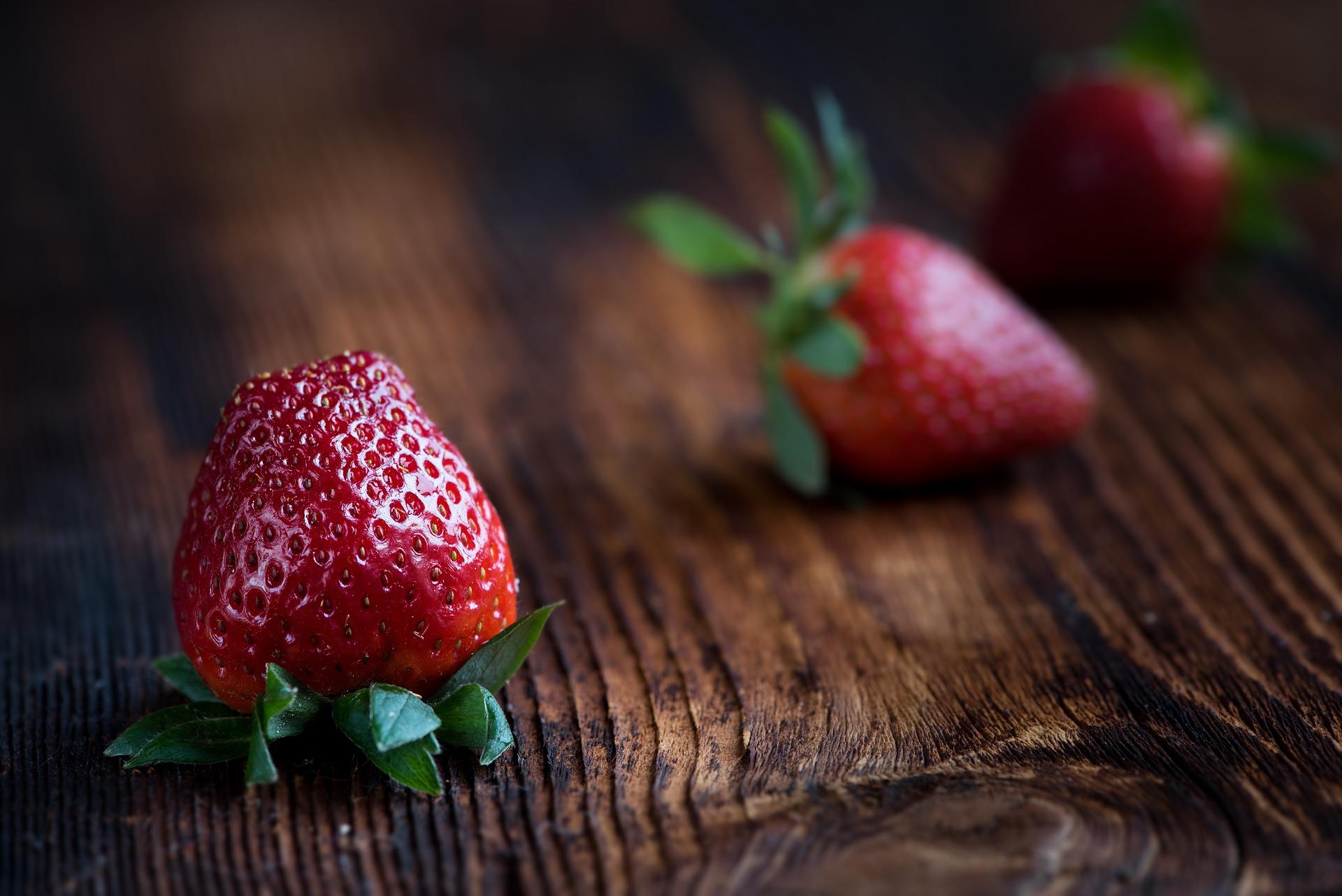 bannerstrawberries.jpg