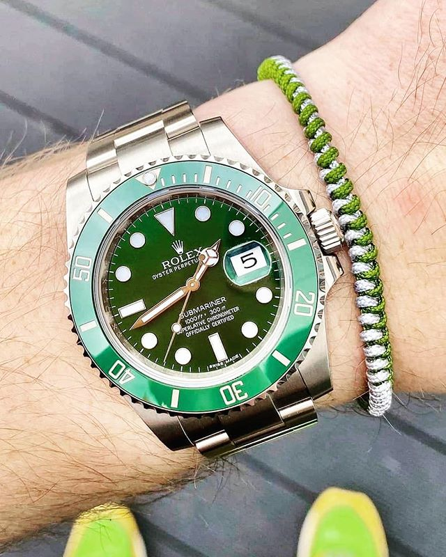 The Hulk 💪 . Check out the link in the bio for more info! . . . #rolex #rolexwatch #rolexaholics #rolexwrist #rolexcollector #rolexpassion #rolexlife #rolexworld #rolexholics #bracelets #hulk #rolexhulksubmariner #rolexhulk #wristcandy #wristgame #submariner #horophile #watchanish #dapperfam #rolexwrist