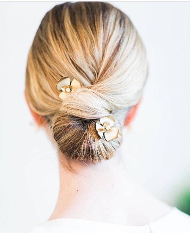 Twist and Shout ✨✨ . . . Photographer: @hazelandskye_  MUA / coordinator / magic maker: @giselledozierartistry  Hair Stylist: @makeupbykerryanne . #chignon #TwistAndShout #HairJewelry #BridalHairStyle #Updo #BridalUpdo #HairOrnaments