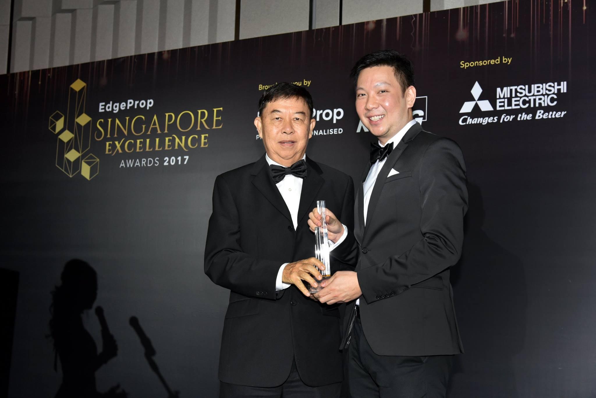 Award-Photo1.jpg