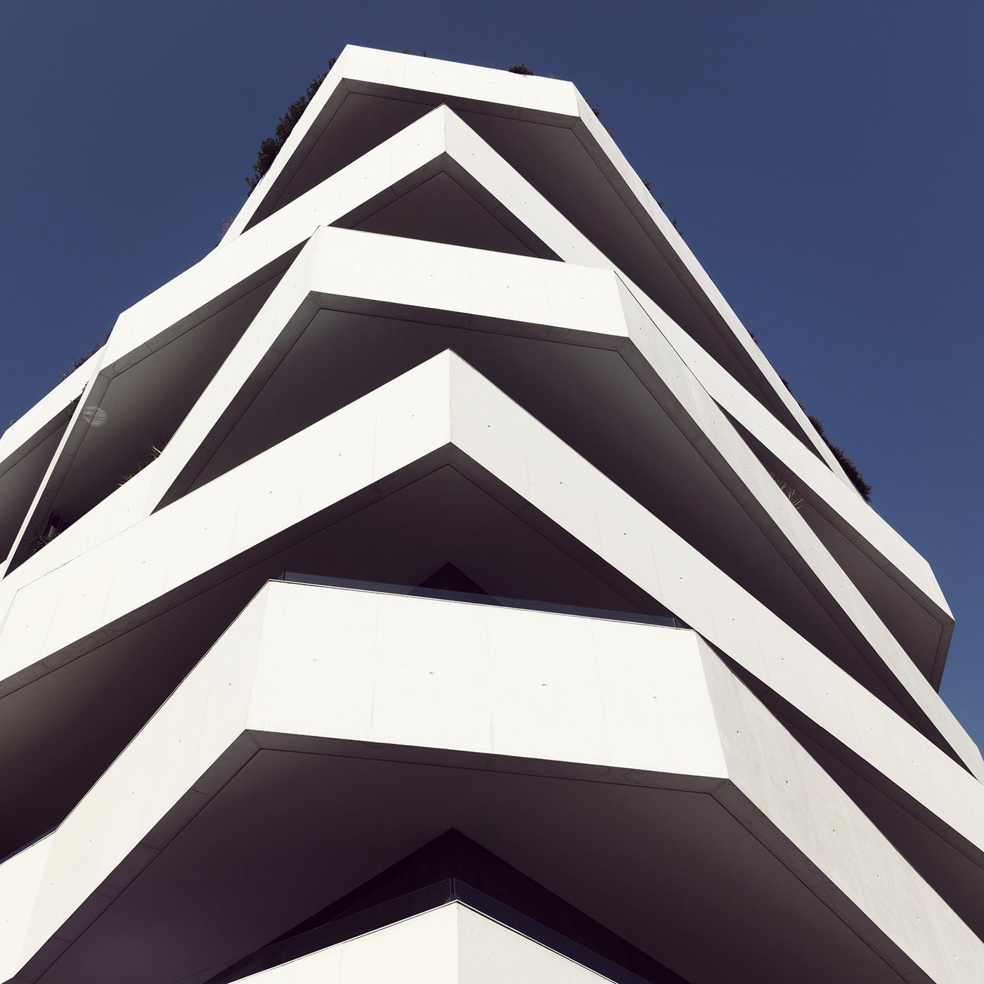 Living Foz Location: Porto, Portugal Architects: dEMM Arquitectura
