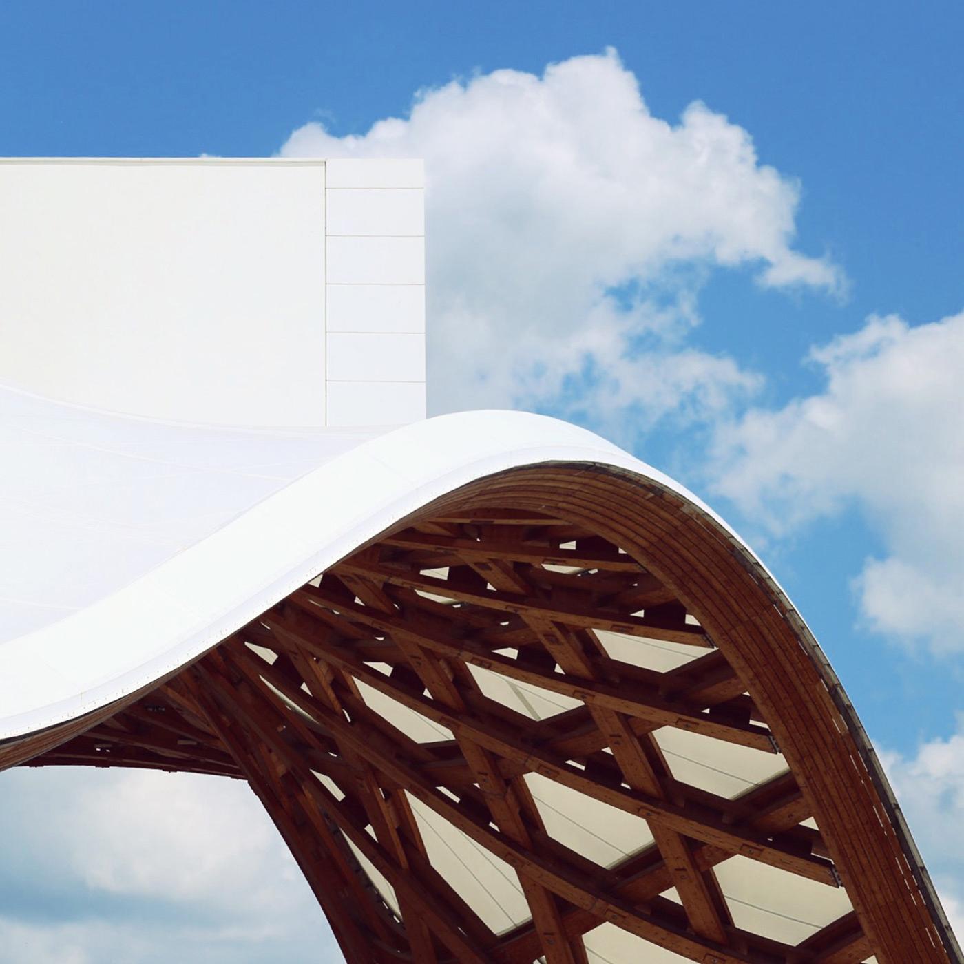 Centre Pompidou-Metz Location: Metz, France Architects: Shigeru Ban Architects