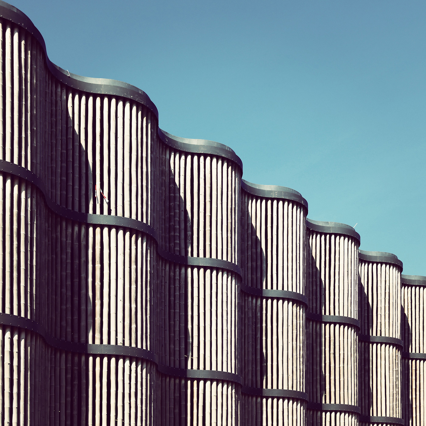 Parking Garage of the Leipzig Zoo <br />Location: Leipzig, Germany <br />Architects: HPP Architects