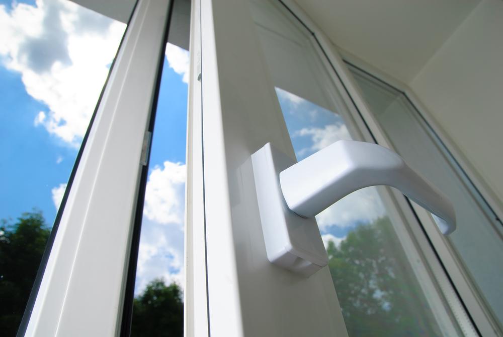 Evaporative air conditioning windows open.jpg
