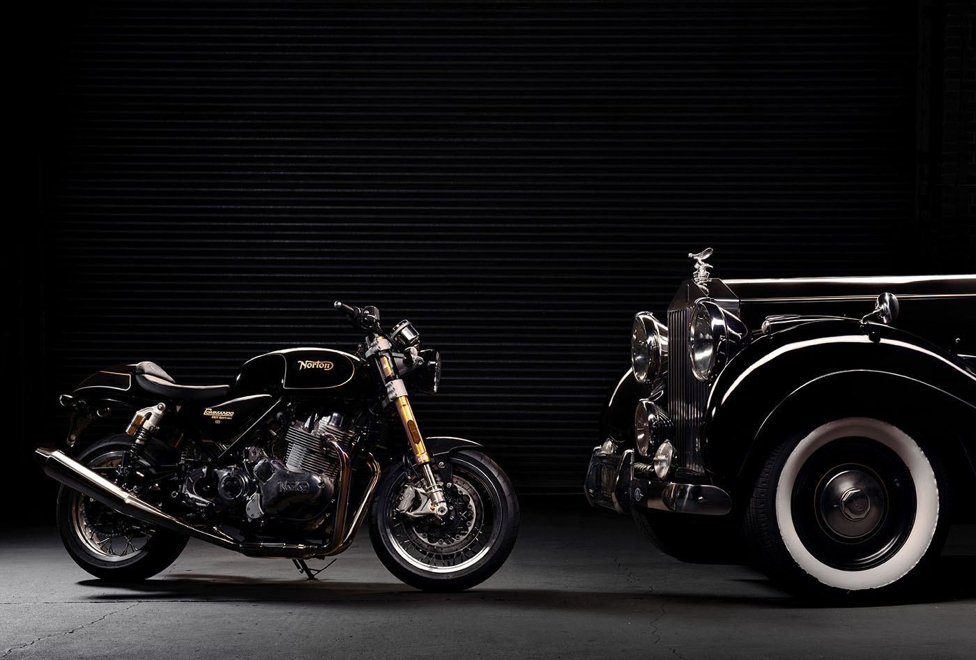 Norton Commando 961 and Rolls Royce Silver Wraith