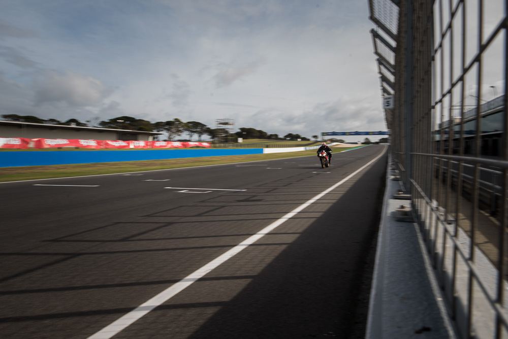 aprilia_rideday_phillipisland.jpg