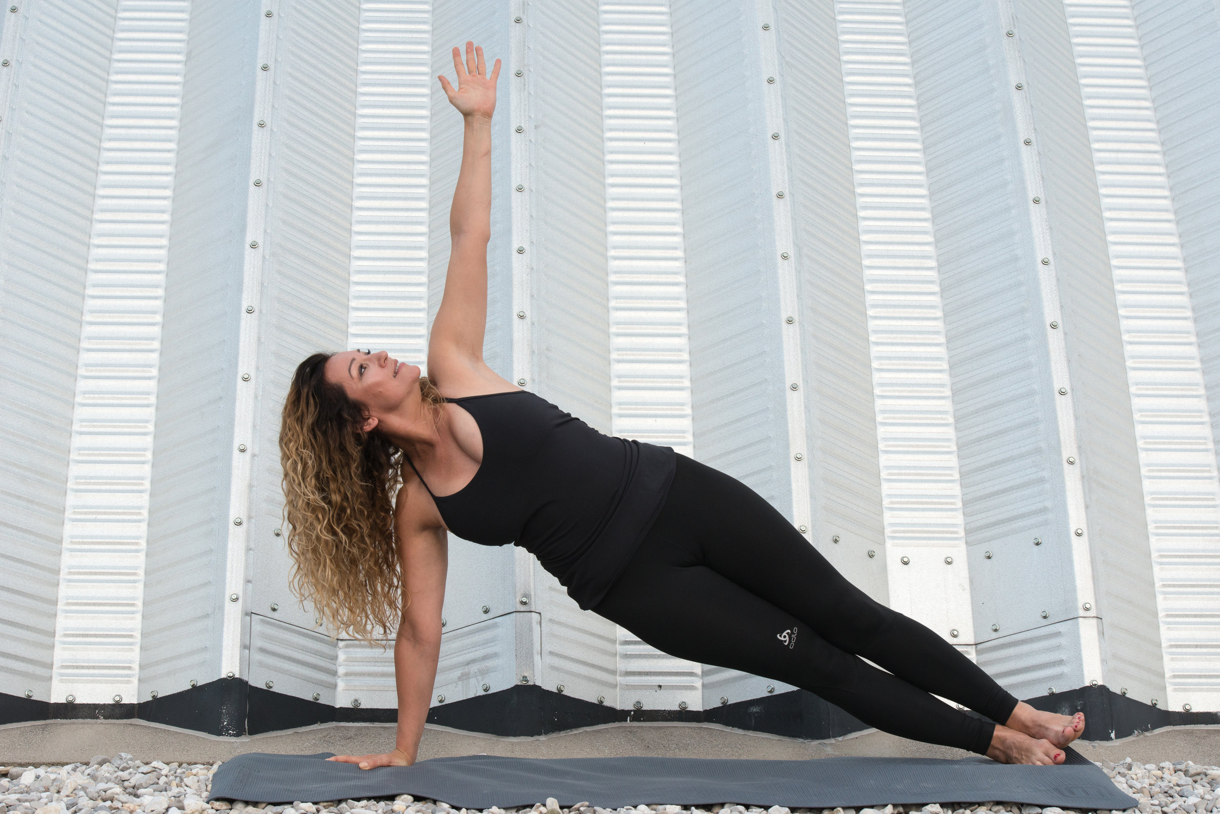 renatatiroch_yoga_1