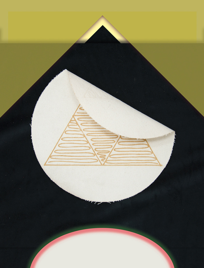 foldedflag_web_700.jpg