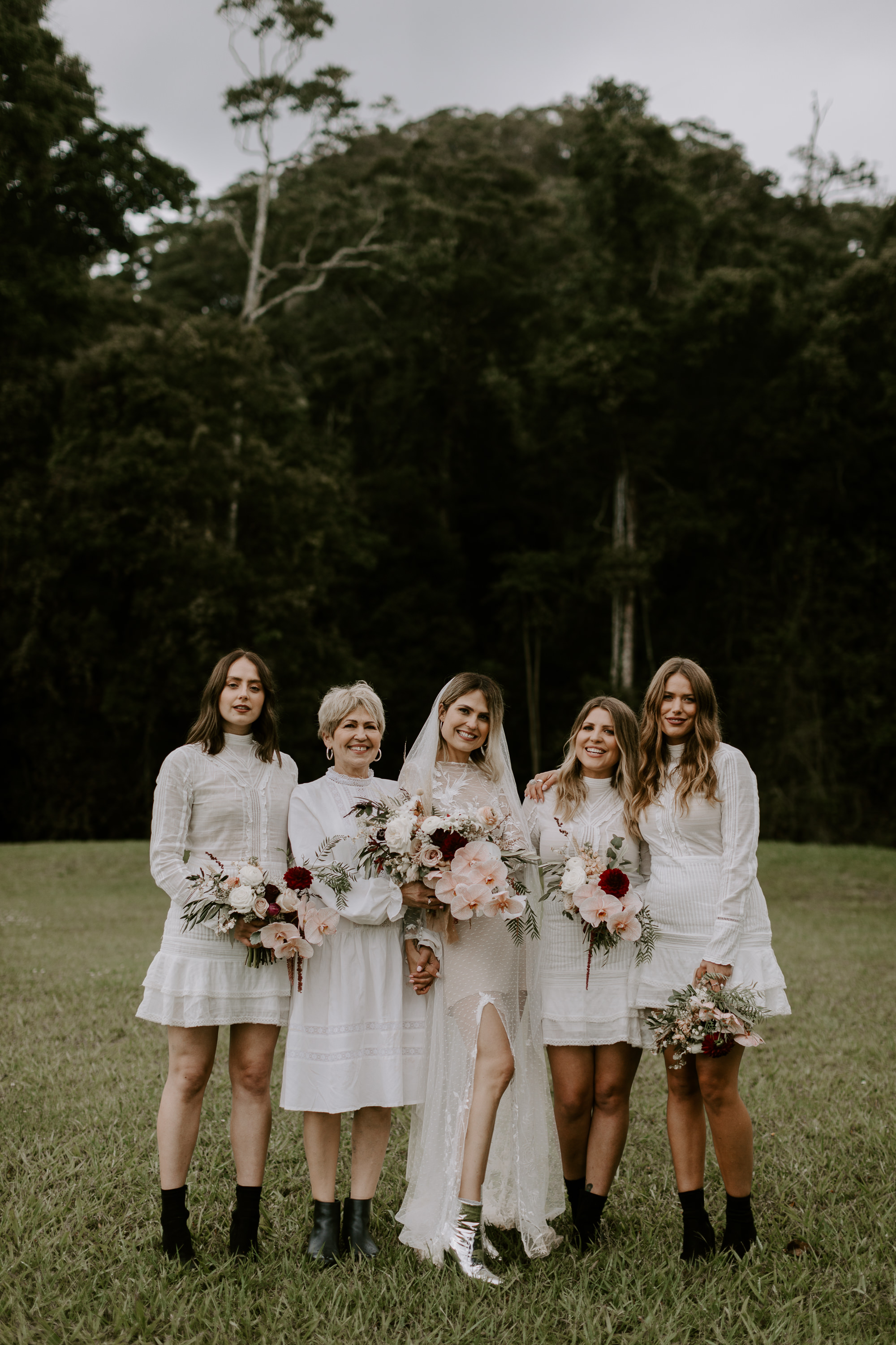 Honia with her mum and Bridesmaids.