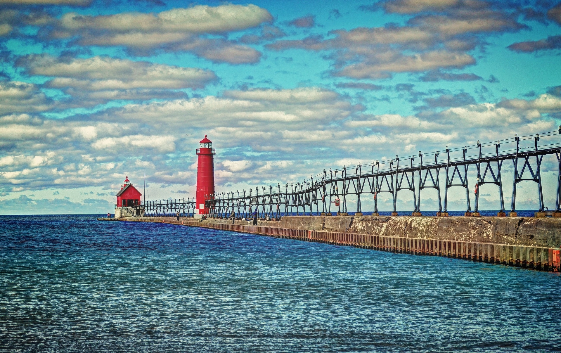 Lakeshore Baptist Churches seeking to serve in the Grand Haven Community