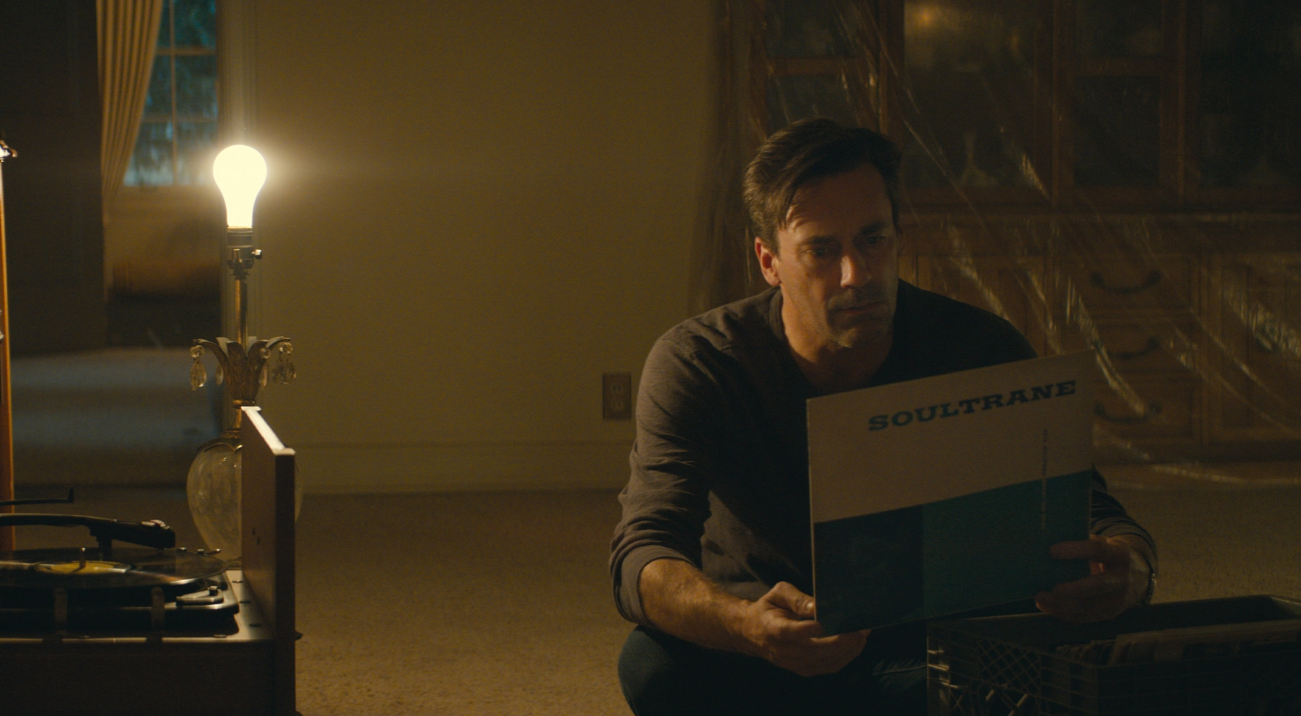 Jon Hamm is a Vegas collector assessing his parents' belongings in Nostalgia