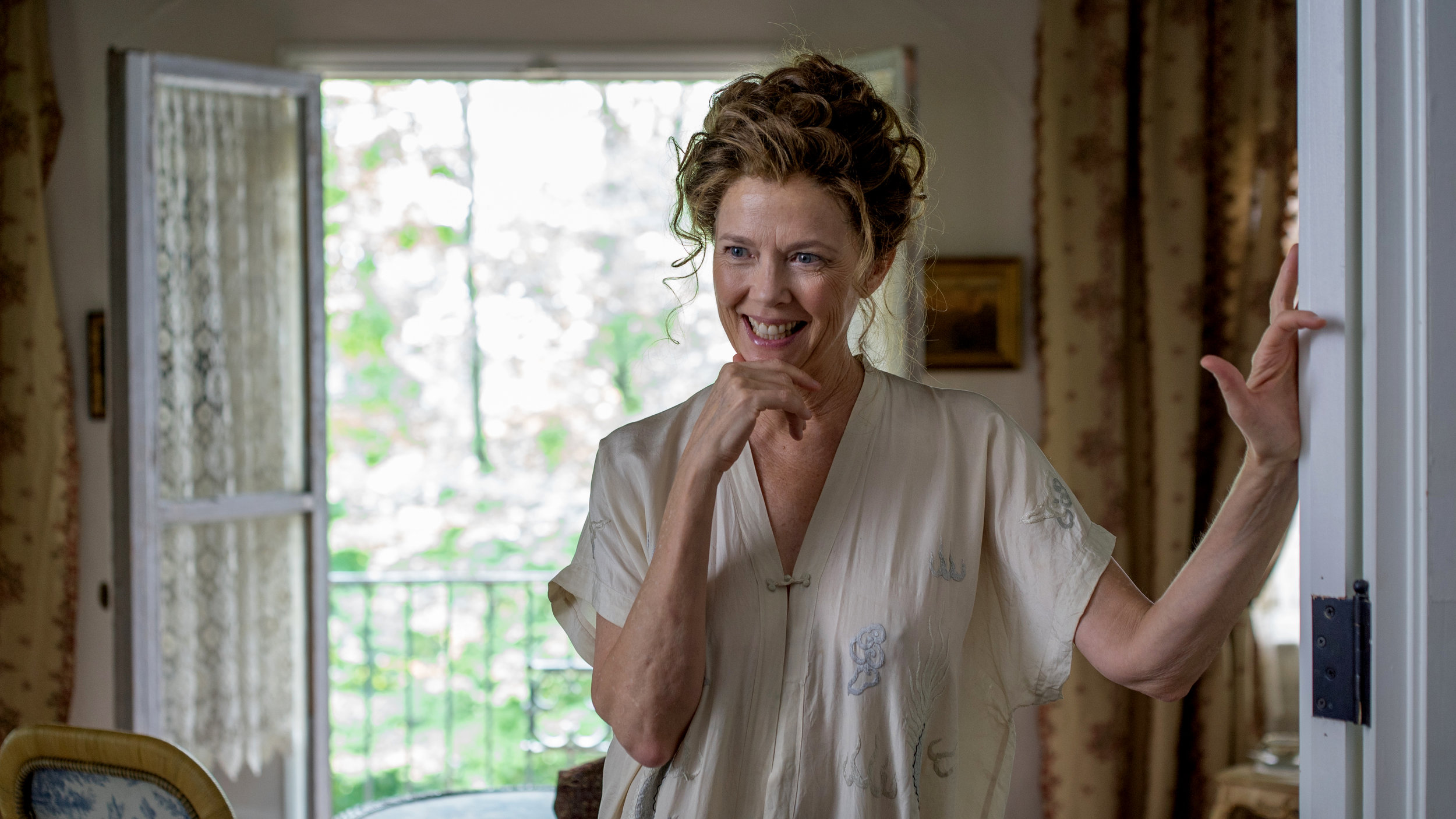 Annette Bening as the aging diva Irina in the film adaptation of Chekhov's The Seagull