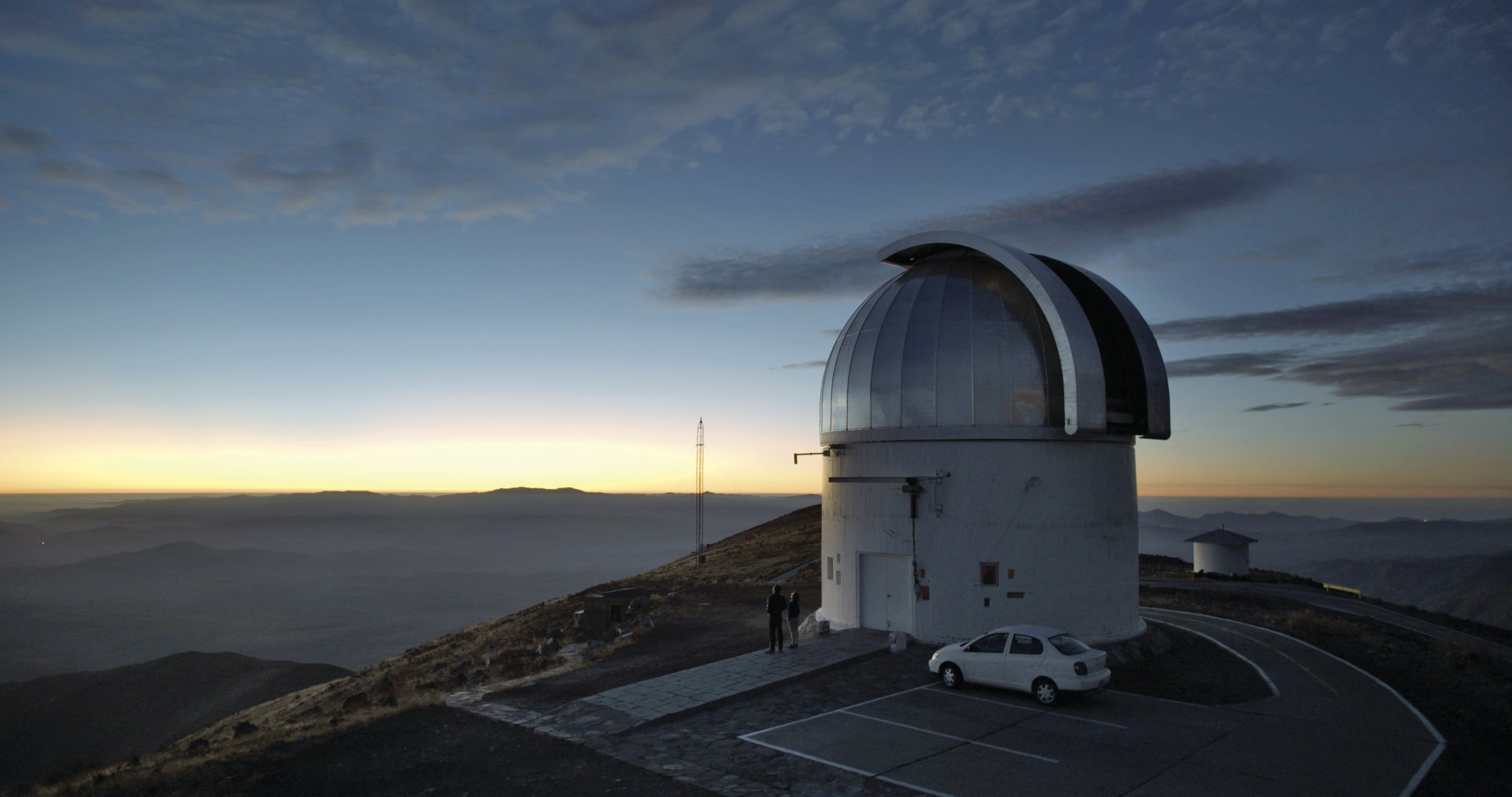 Las Campinas planet-hunting observatory in the profoundly moving sky-doc Cielo