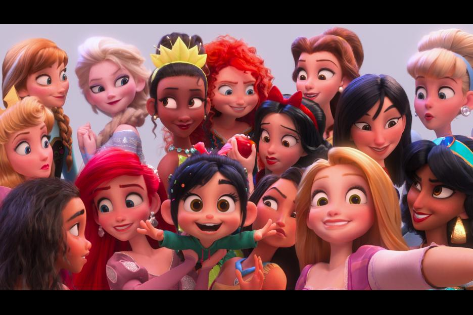 Vanellope gets a selfie, and advice from every single Disney Princess in Ralph Breaks the Internet