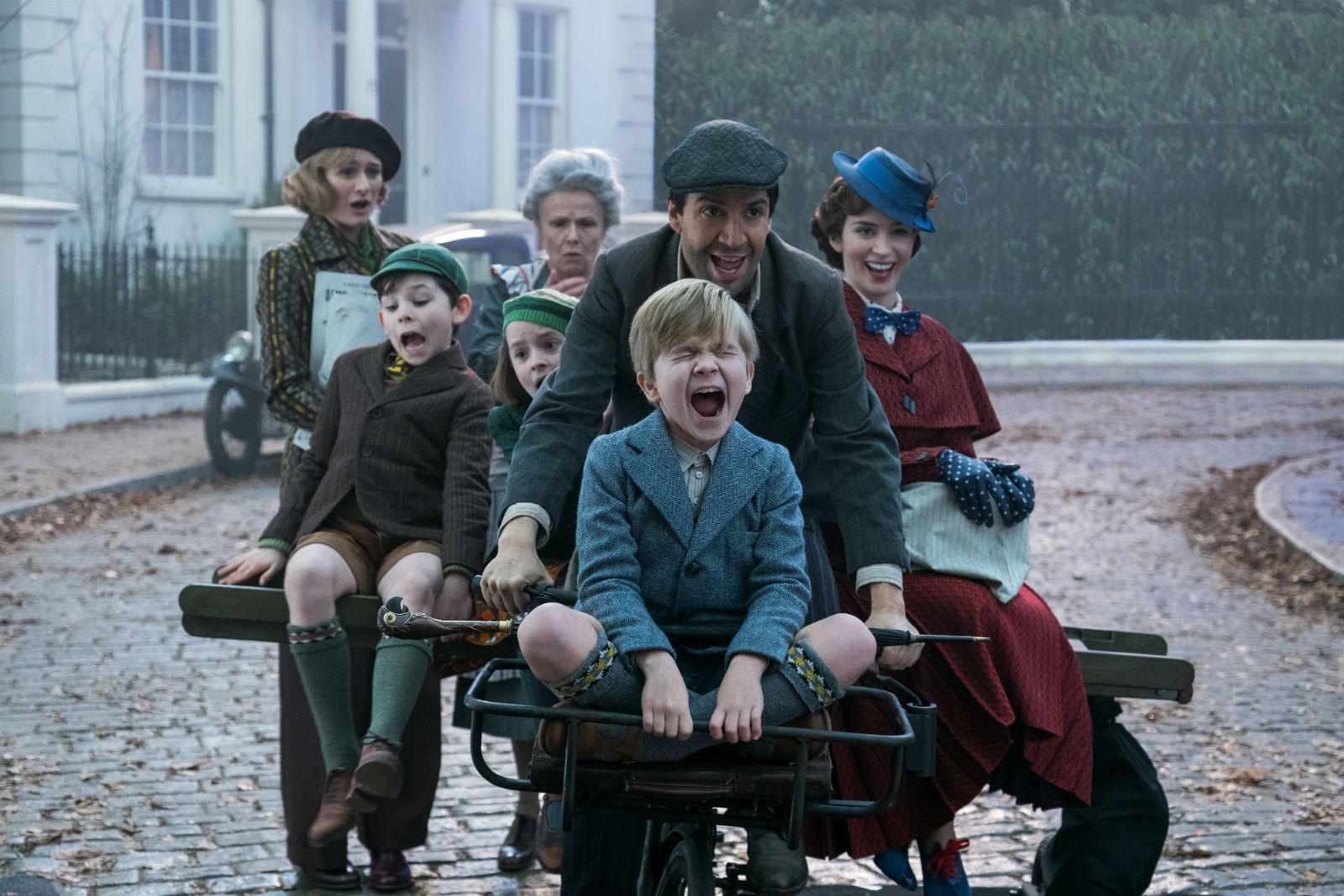 A scene from the thoroughly delightful Mary Poppins Returns.
