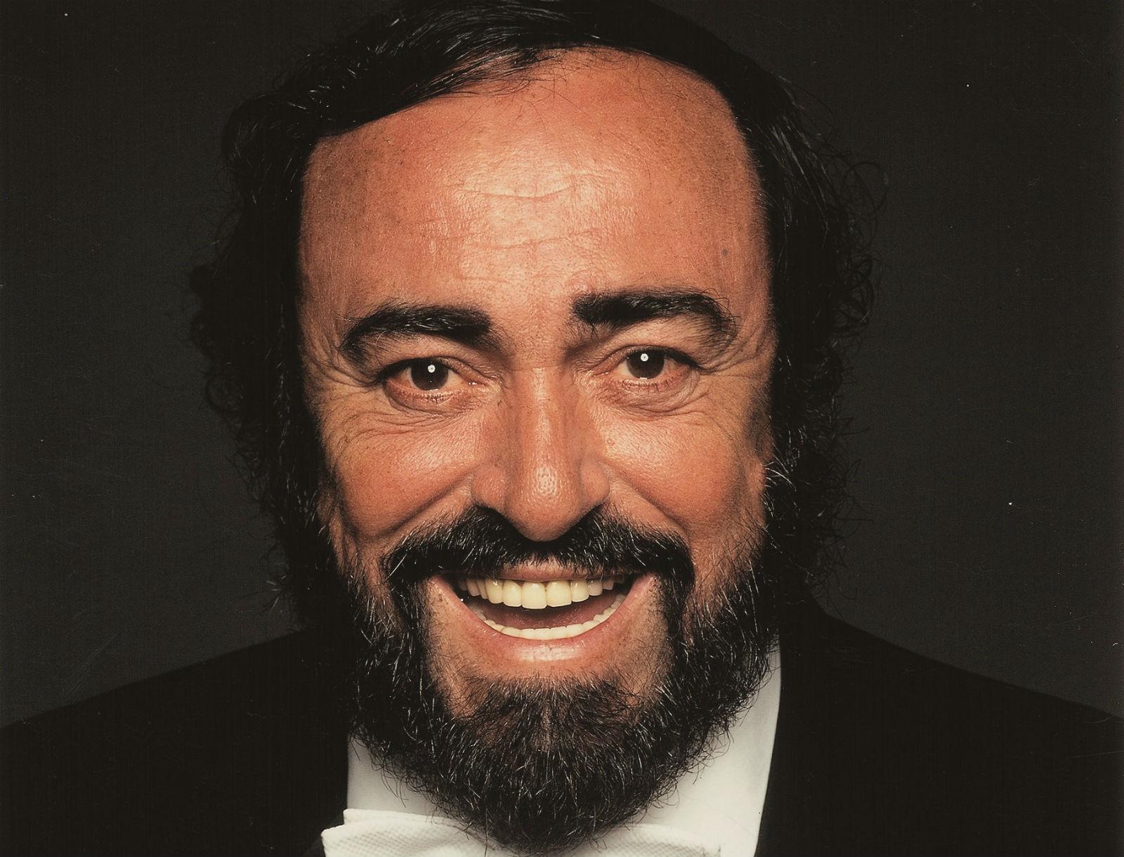Pavarotti_resize.jpg