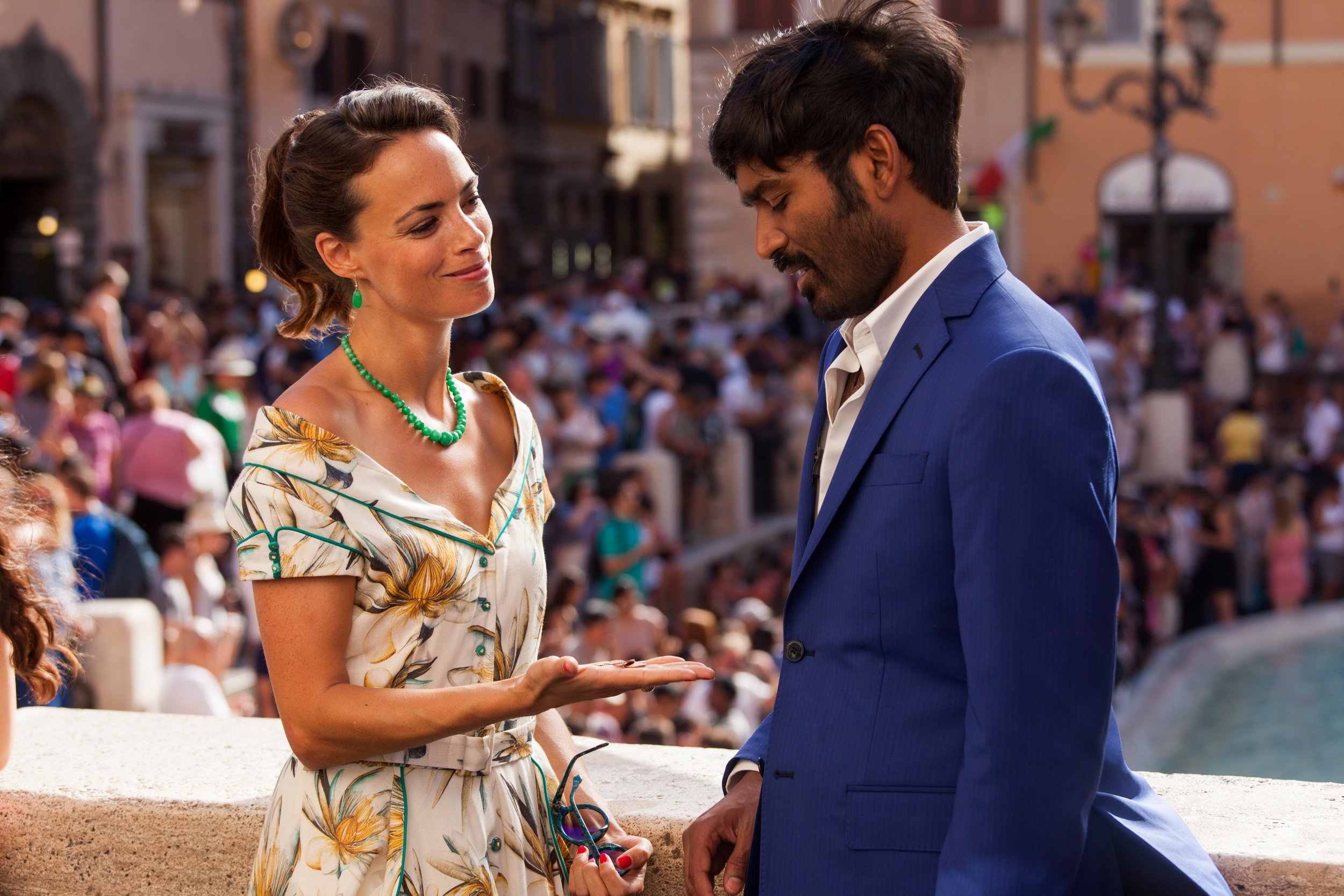 Aja (Dhanush) charms a movie star played by Berenice Bejo in The Extraordinary Journey of the Fakir