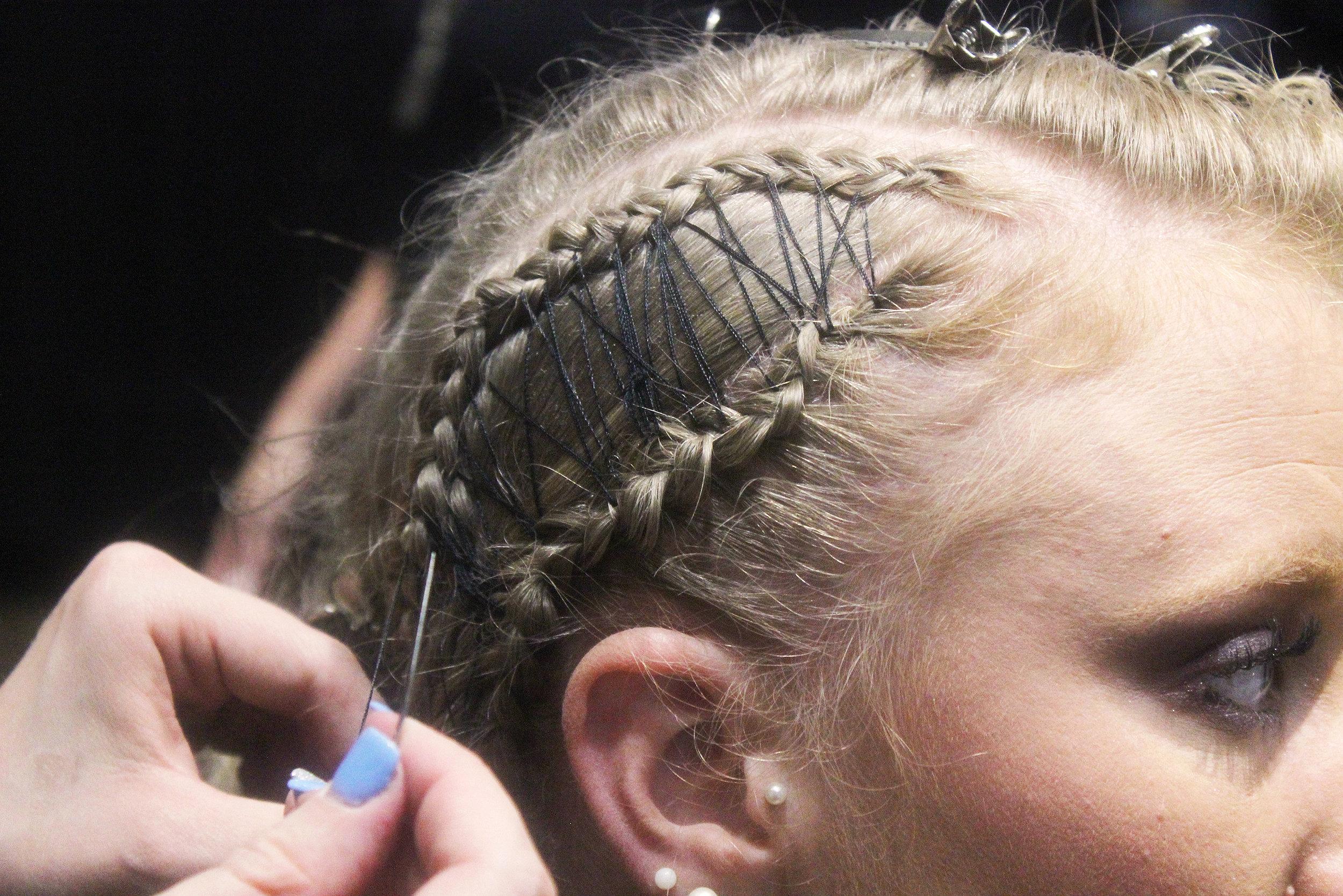 hair threading.jpg