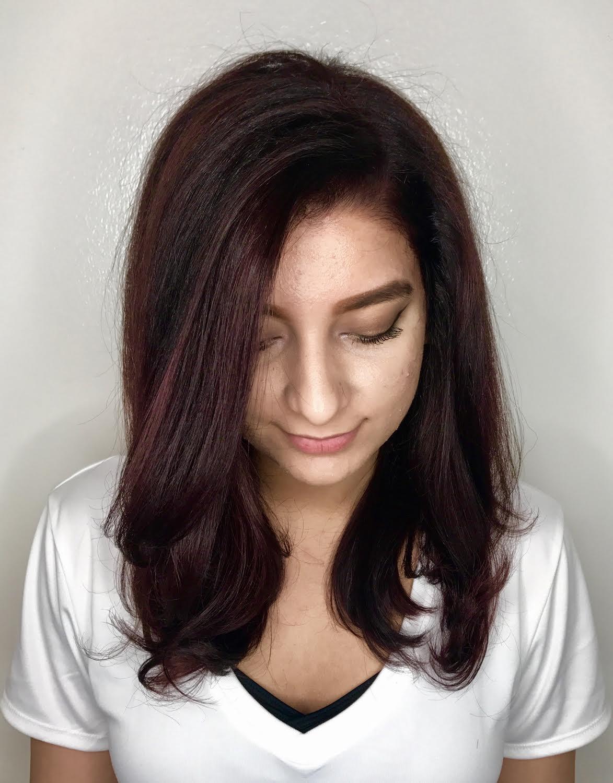 Kari Wawrzonek Frisco Hairstylist