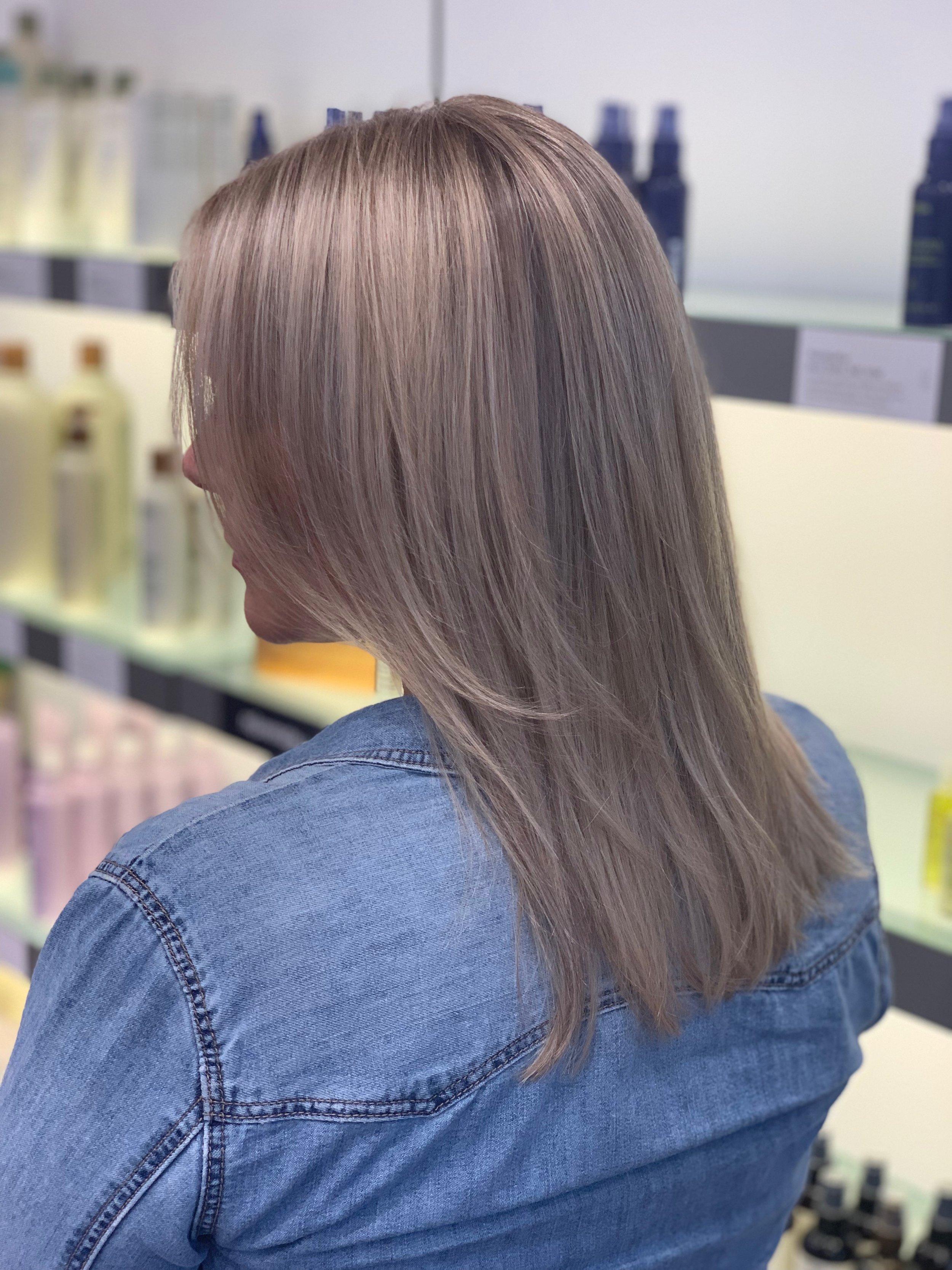 Terron Harrison Highland Village Hairstylist Natural Blonde