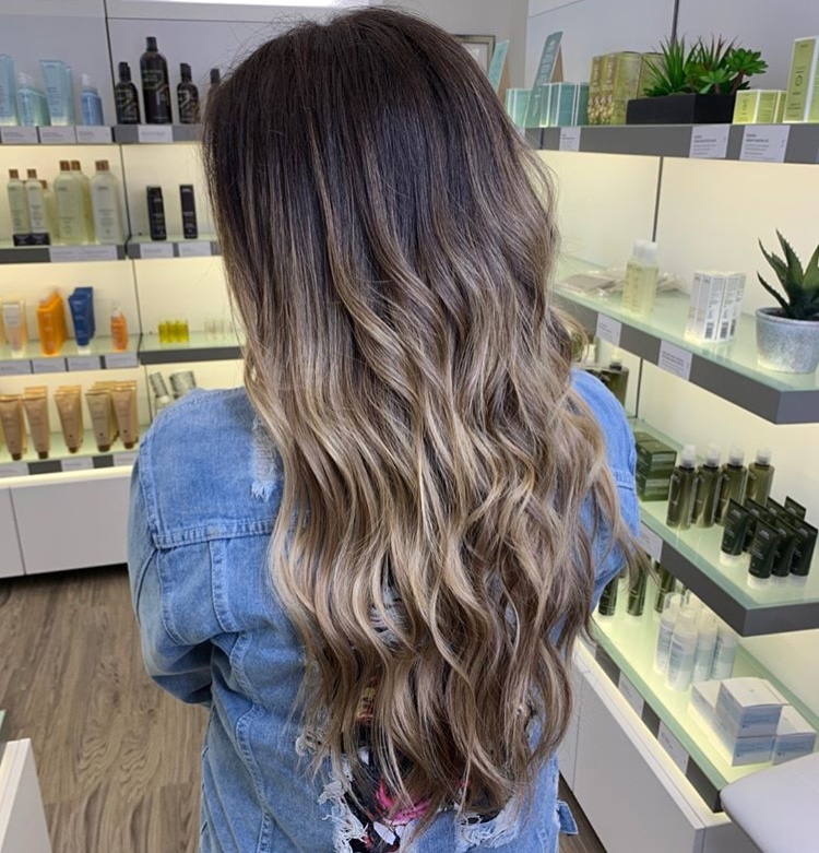 Sara Eads Frisco Hairstylist Balayage Vomor Extensions