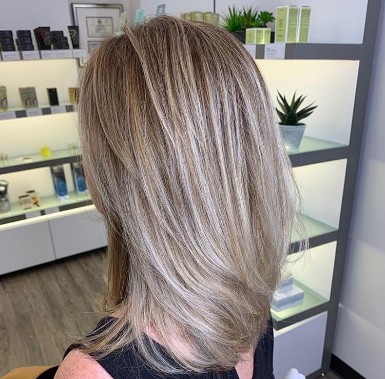 Sara Eads Frisco Hairstylist Highlights