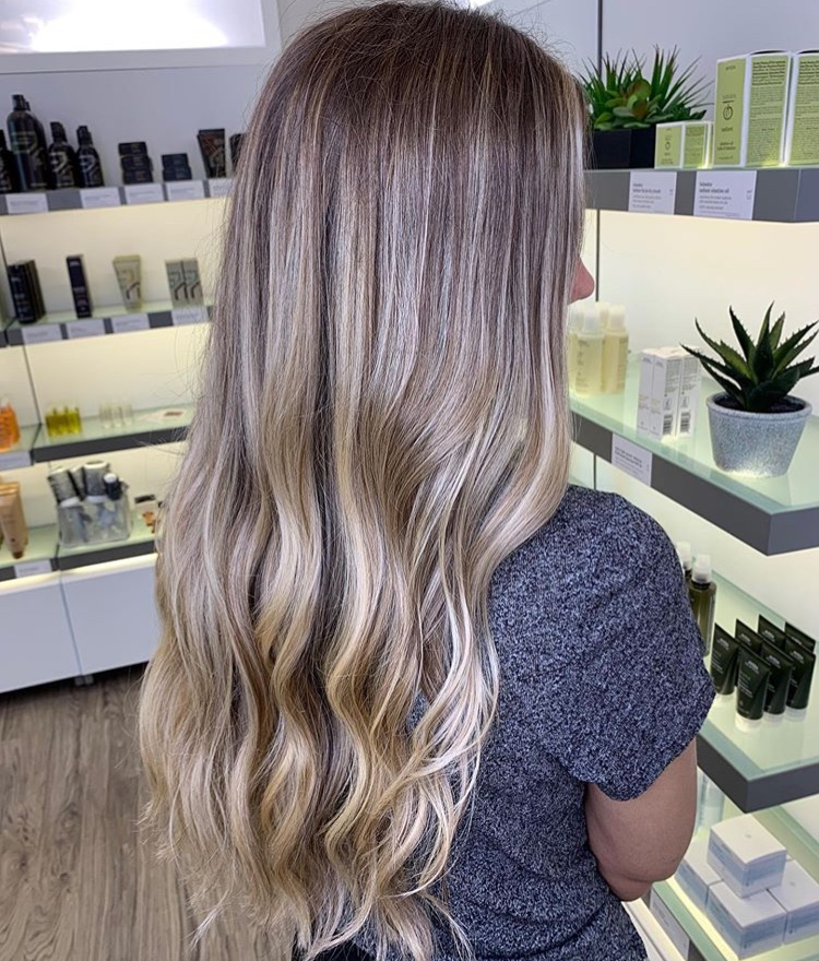 Sara Eads Frisco Hairstylist Balayage
