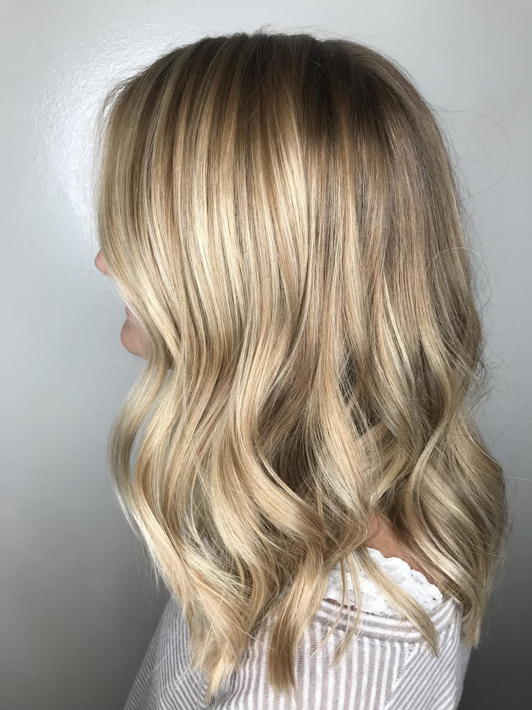 Kari Wawrzonek Frisco Hairstylist Blonde Highlights