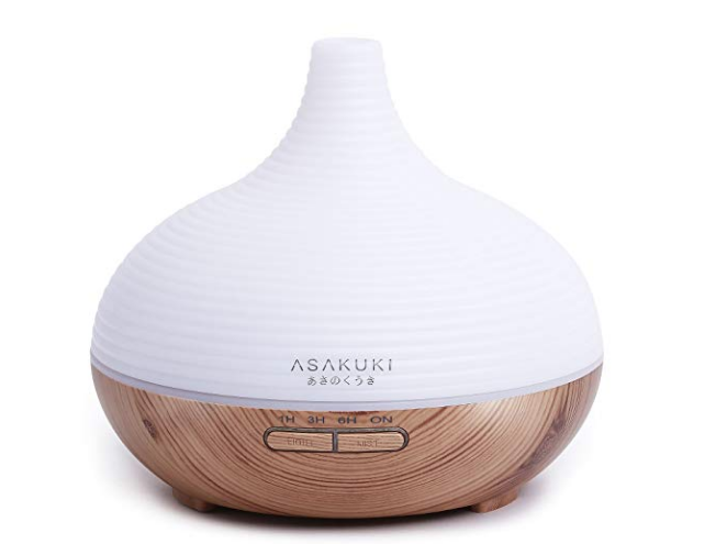 Oil Diffuser - Most dorms will not allow traditional candles or Scentsy warmers, so you have to get creative to ensure your dorm room is fresh and welcoming. We suggest investing in an oil diffuser to fill your study space with your custom mixed aromas.