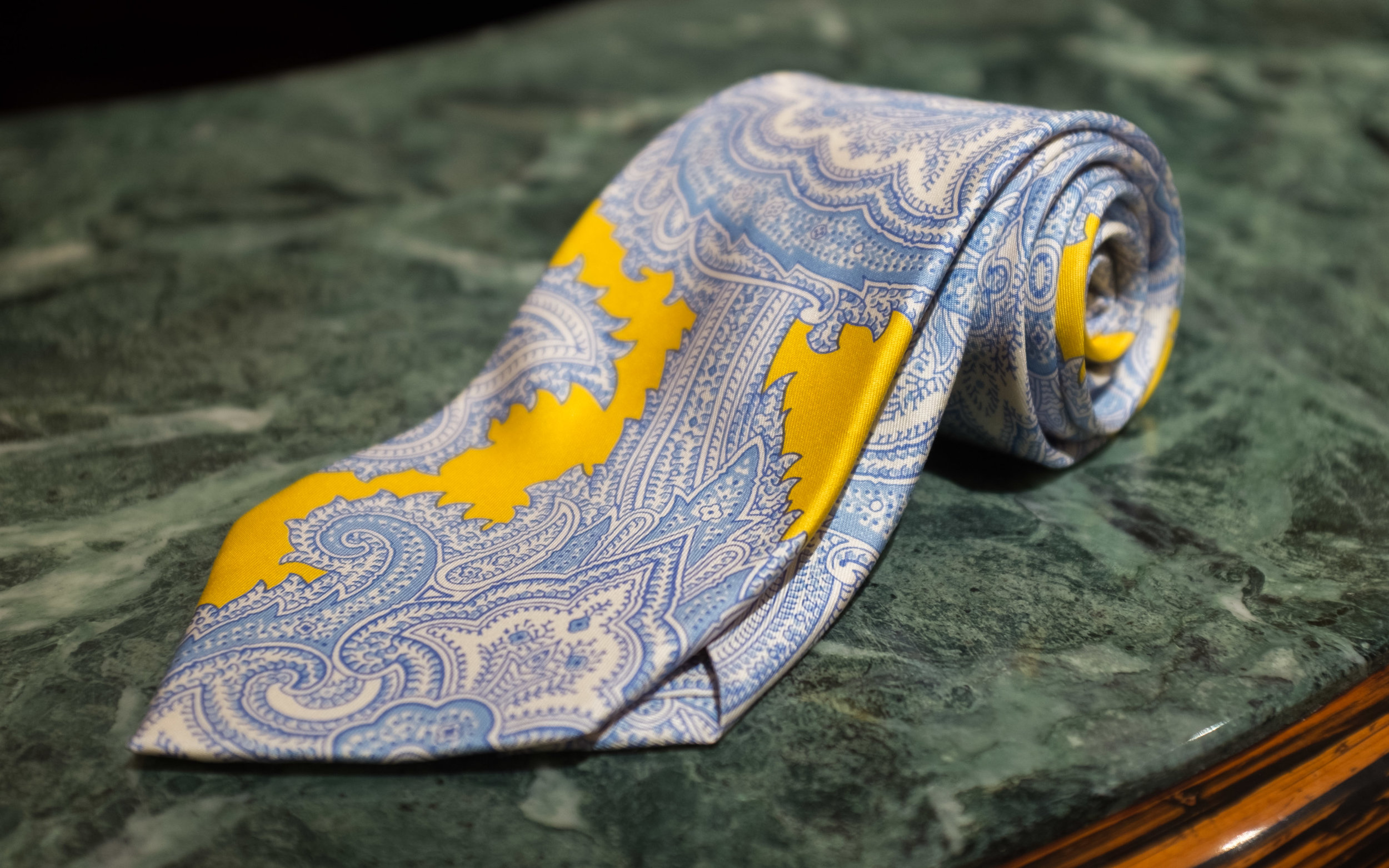 Oversize Printed Silk Paisley  - Cut from a scarf-scale patterned silk, this blown up paisley affords the savvy a light hearted, blazer-with-khakis, lawn-party chic.