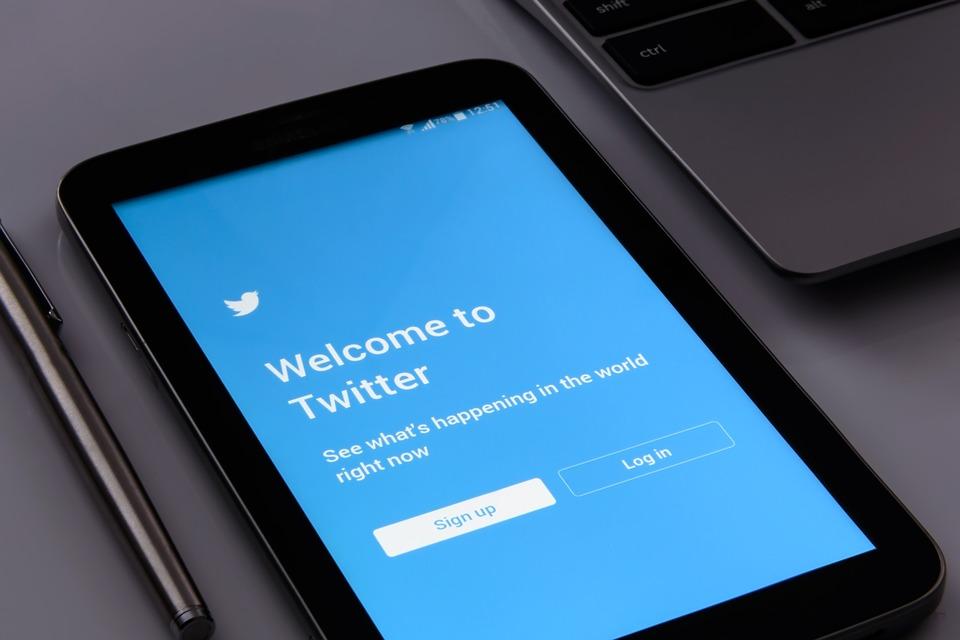 Twitter 'Fake News' fight -