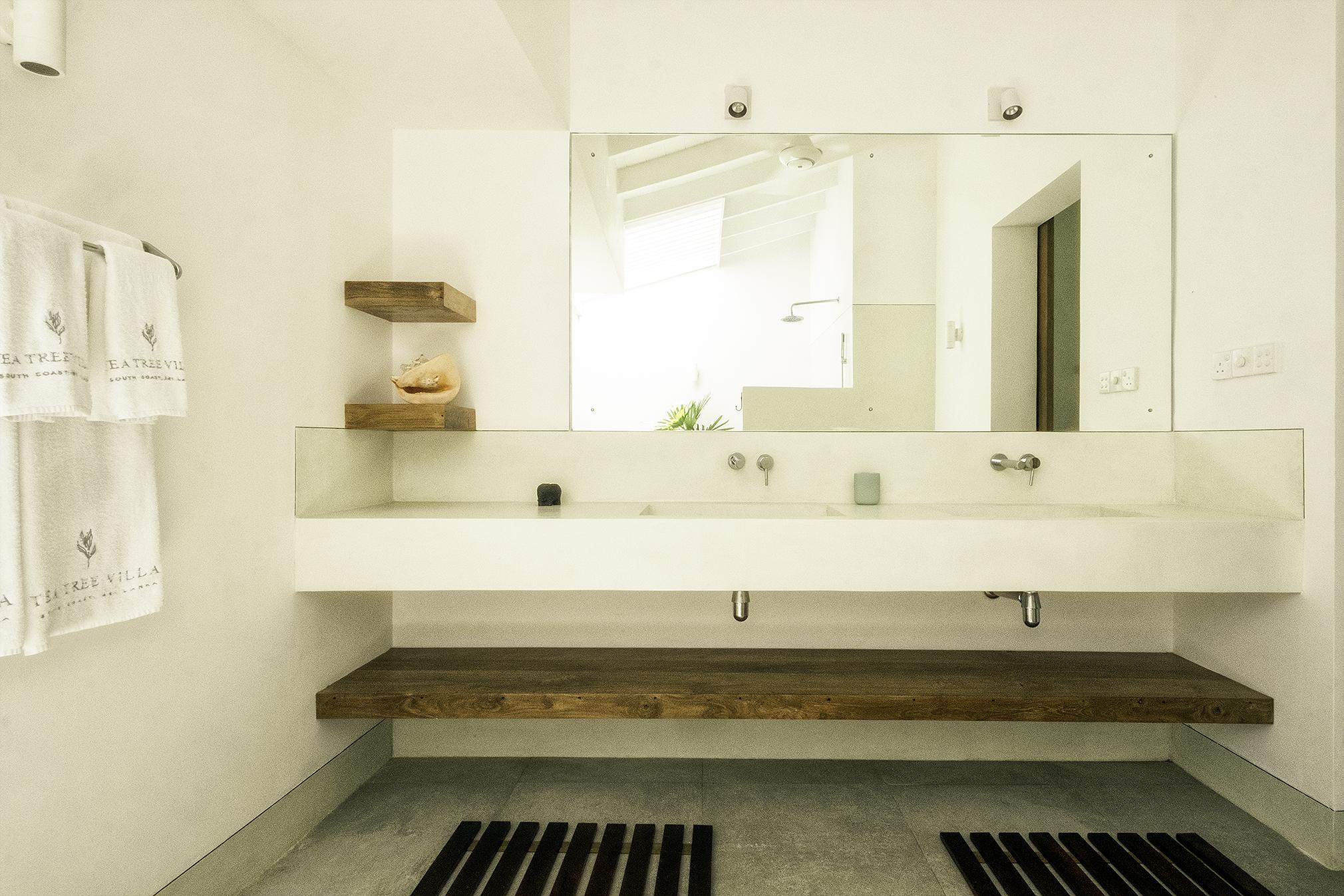 The large ensuite bathroom of Bedroom 3