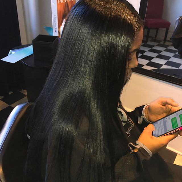 Needing extra length? Look no further!!! Book now and get #pearlized!!! #queendoyhae #booknow #hair #bundles #stylist #professional #scstylist #love #passion #naturalhair #healthy #inches #sleek #chi #babylisspro #straighthair