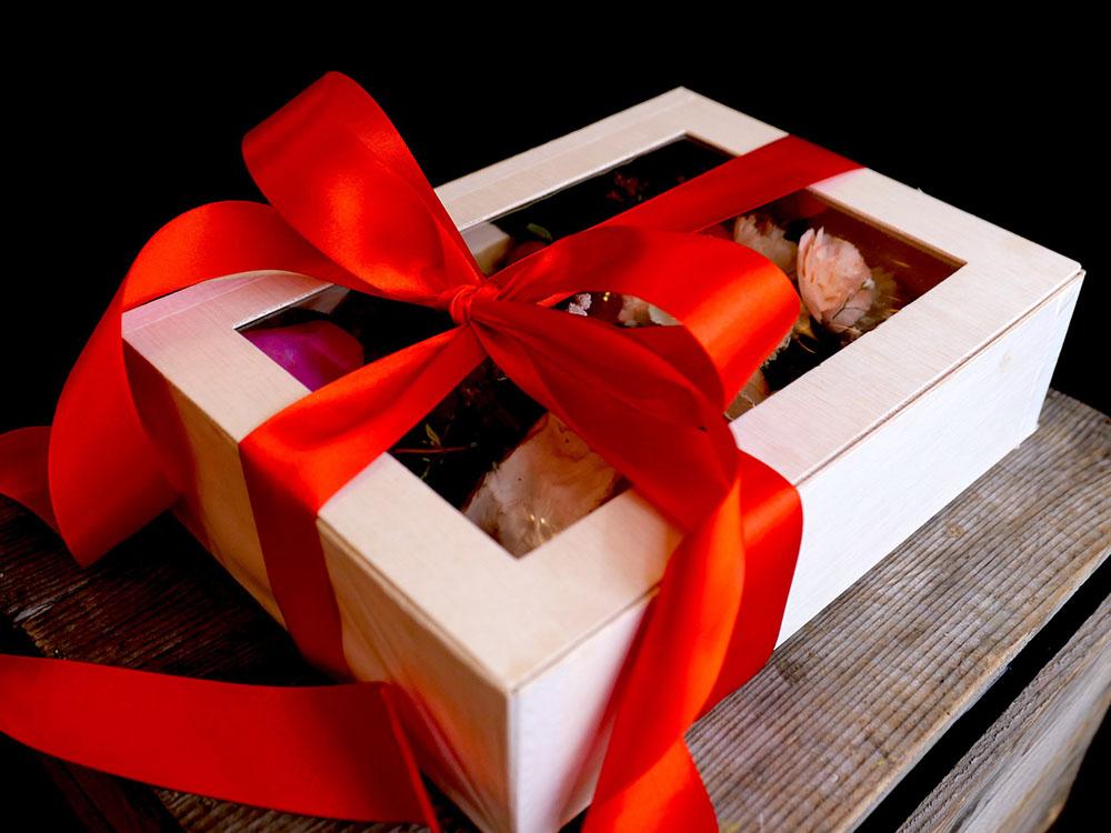 Corporate gifting.jpg