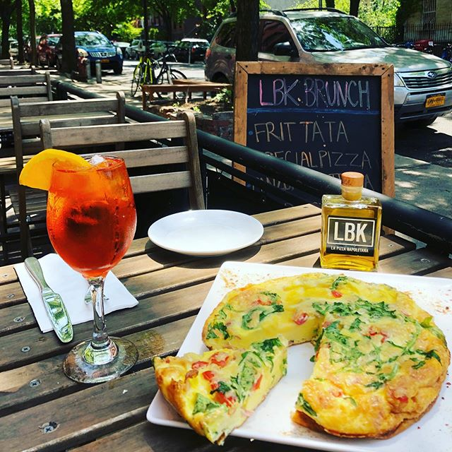 It's the perfect day for brunch 🍳 and a spritz 🍊! #lbk #lbkpizza #eatpizzamakelove