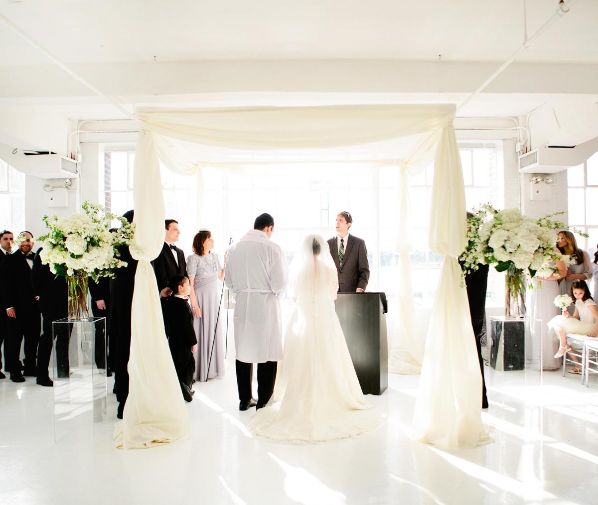 Wedding ceremony Studio 450