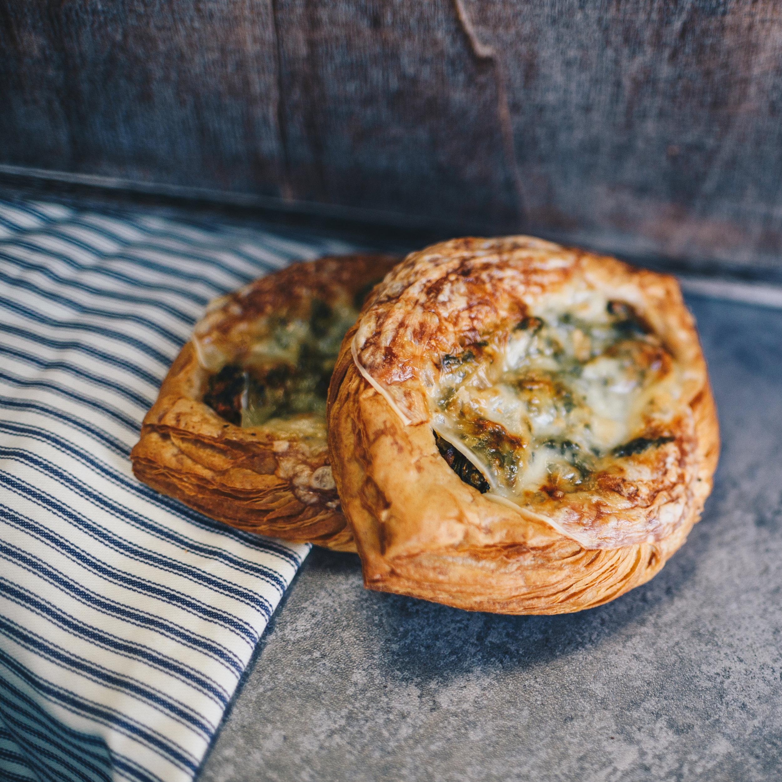 spinach ricotta wheat croissant