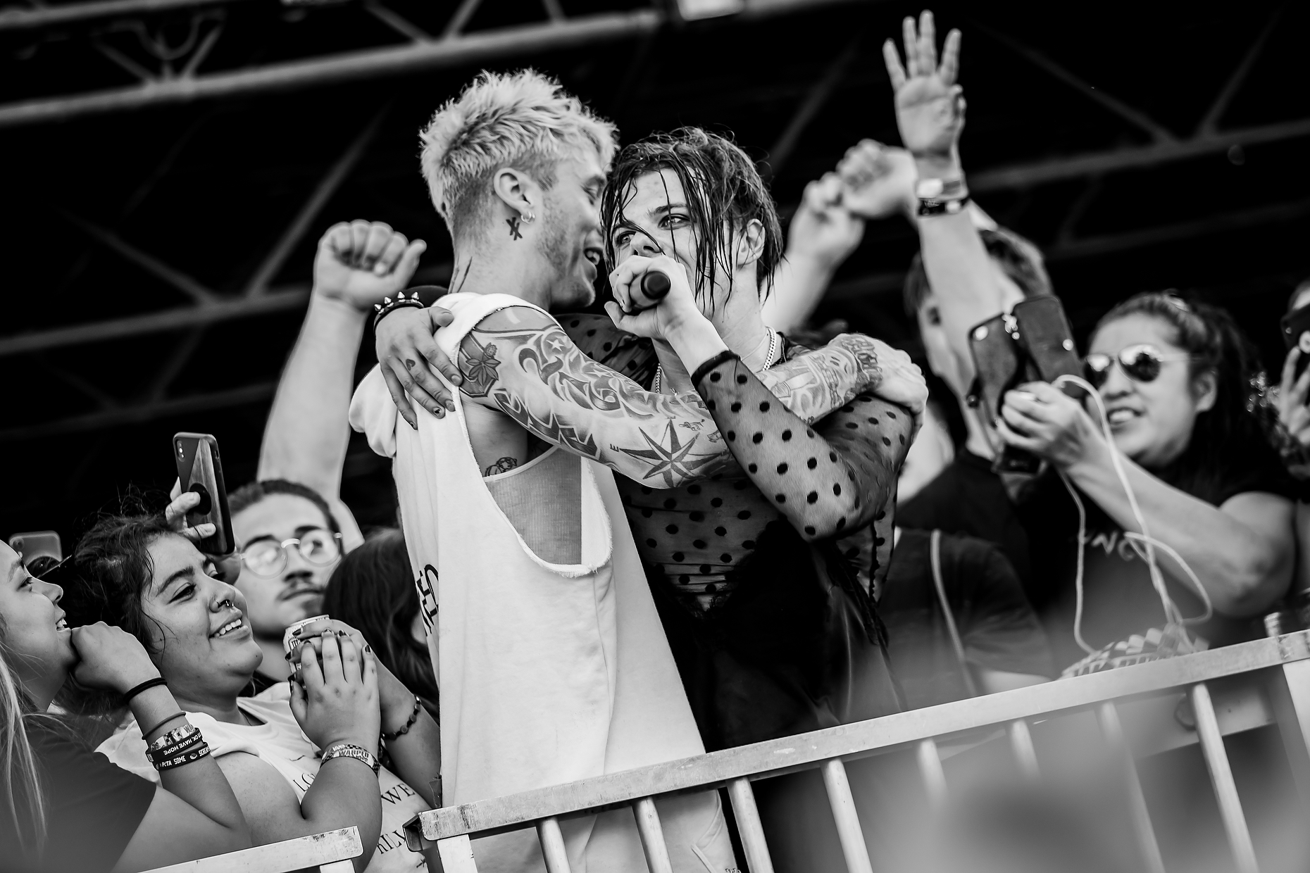 MACHINE GUN KELLY + YUNGBLUD