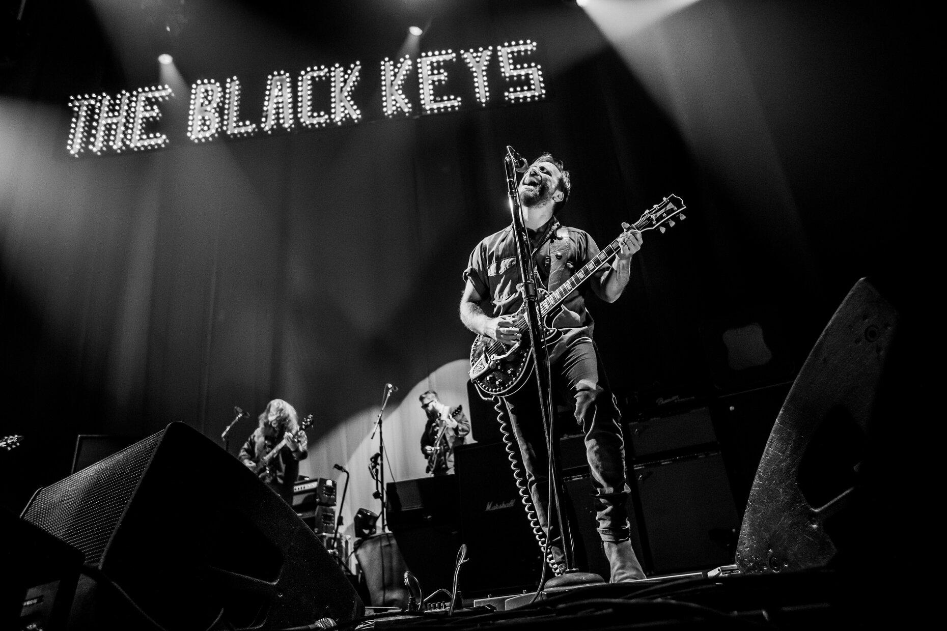BLACKKEYS004.JPG