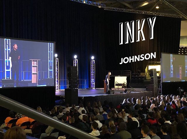 Thank you to Inky Johnson for captivating the stage at #SERVUS2019! Your story of your 8th grade@math teacher picking you up every morning to drive you to school and teach you about life was a powerful reminder of the roles of consistency and sacrifice. Awe-inspiring. #SERVUS2019 @inkyjohnsonmotivate