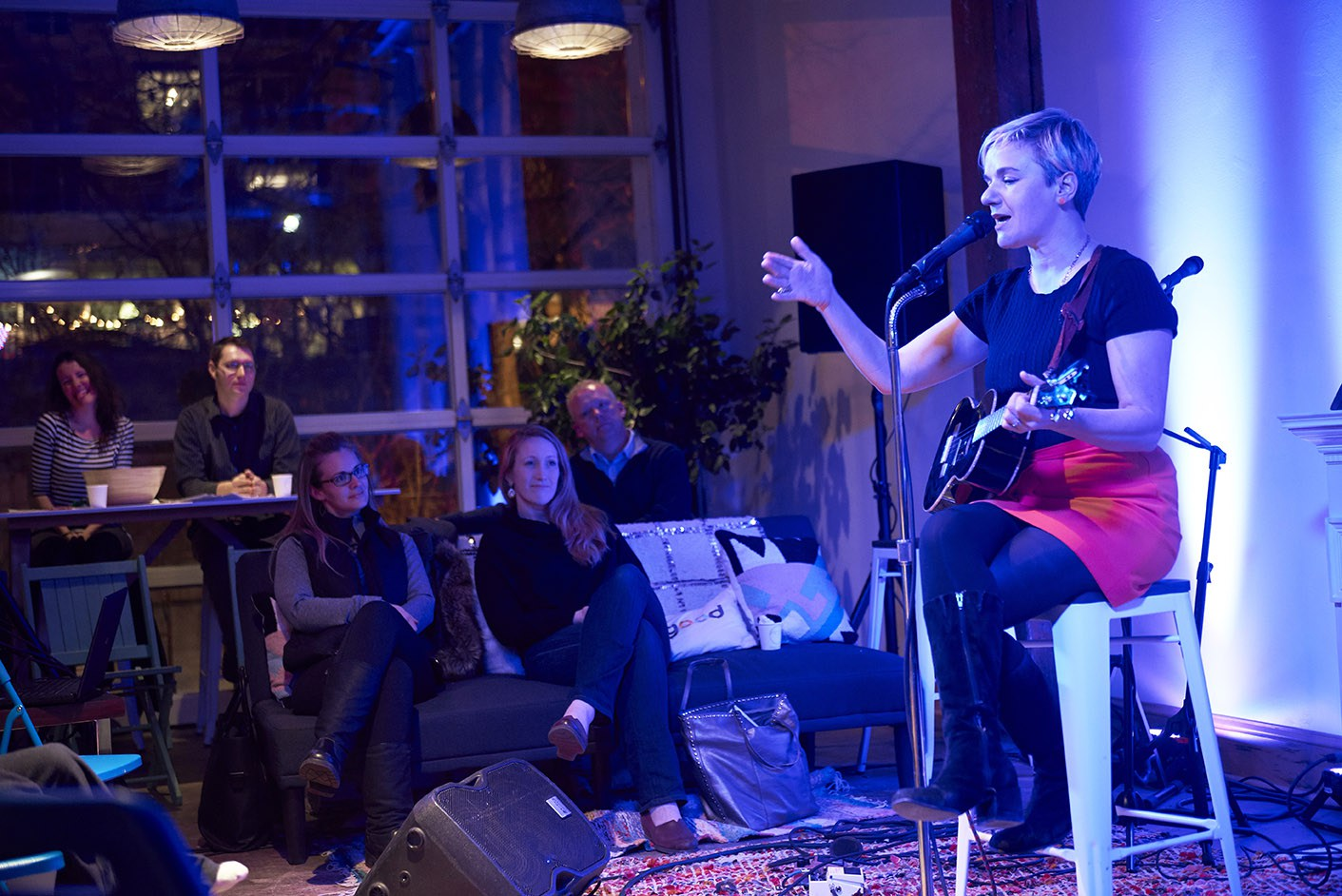 Slide Show by Rift Magazine of our last Living Room Acoustic Showcase