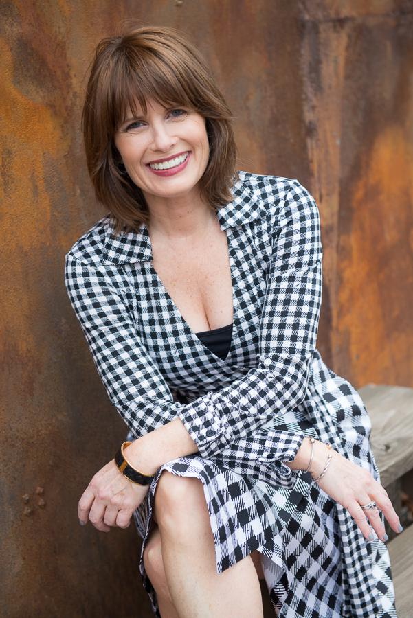 Julie Curtis-Web-SocialMedia-038.jpg