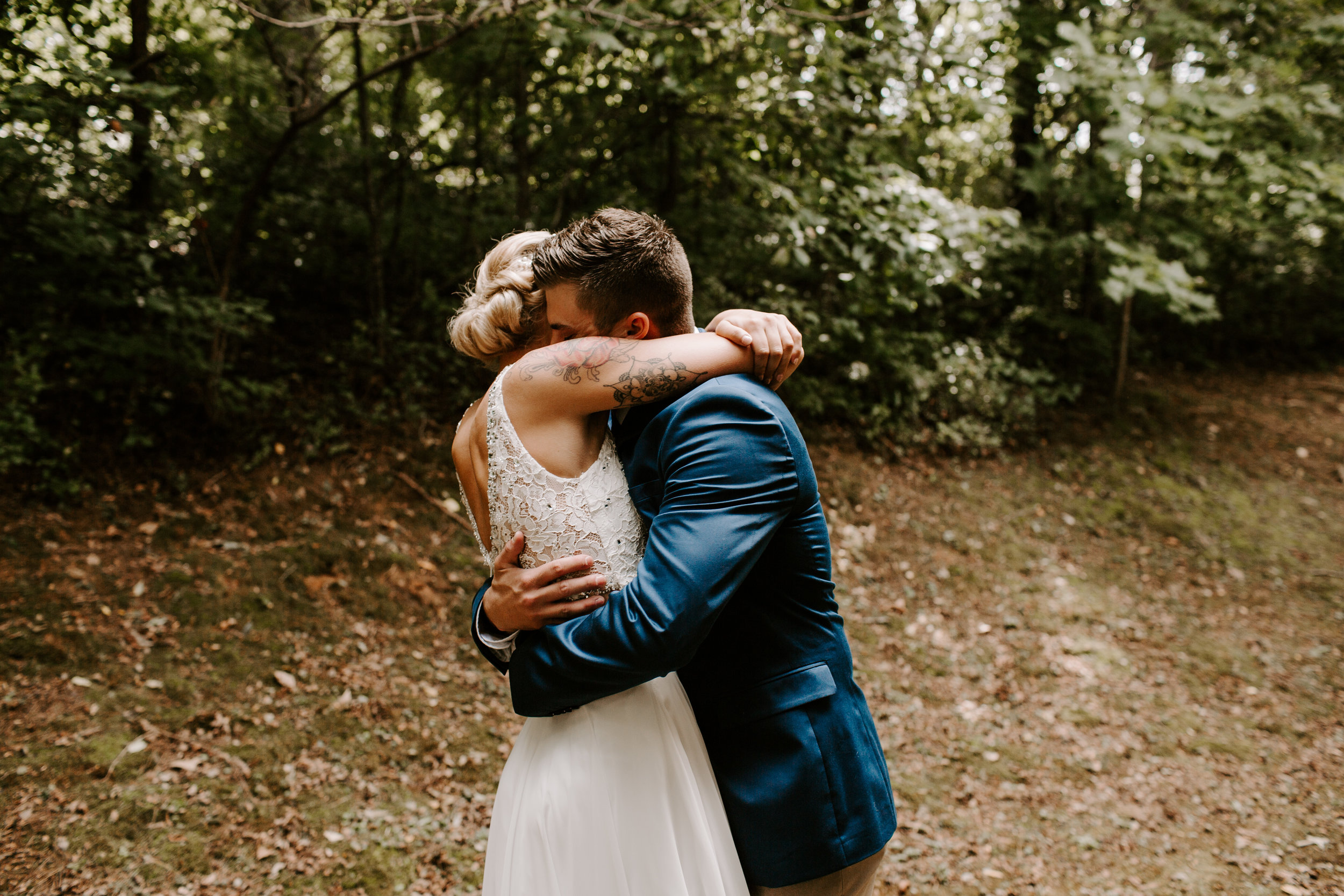 Miranda&braedon_ashevilleelopement (68 of 101).jpg