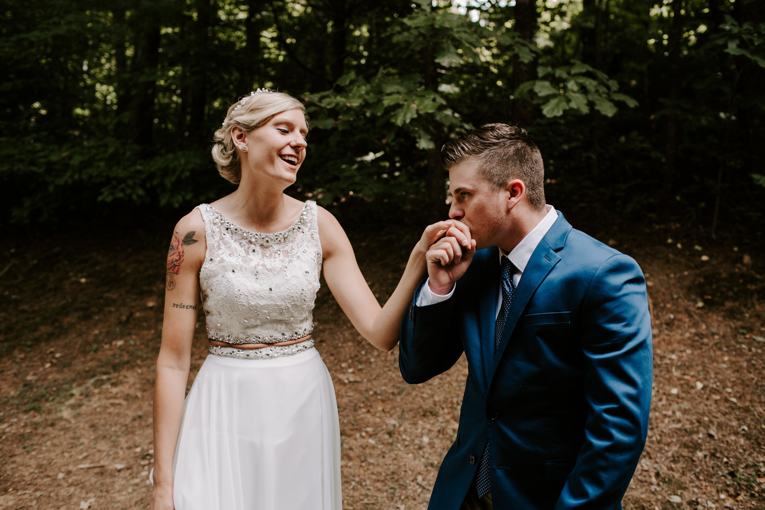Miranda&braedon_ashevilleelopement (63 of 101).jpg