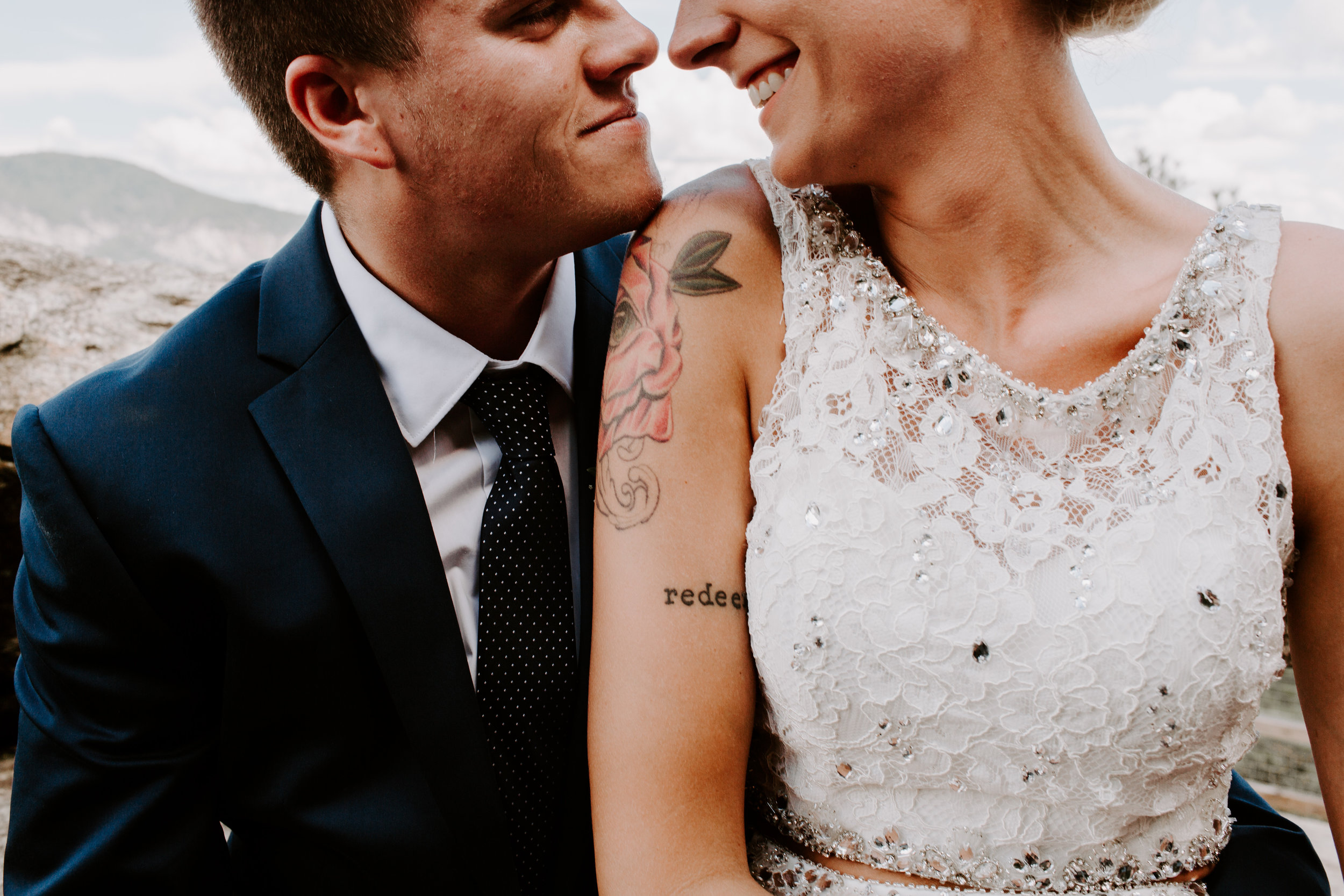 Miranda&braedon_ashevilleelopement (44 of 101).jpg