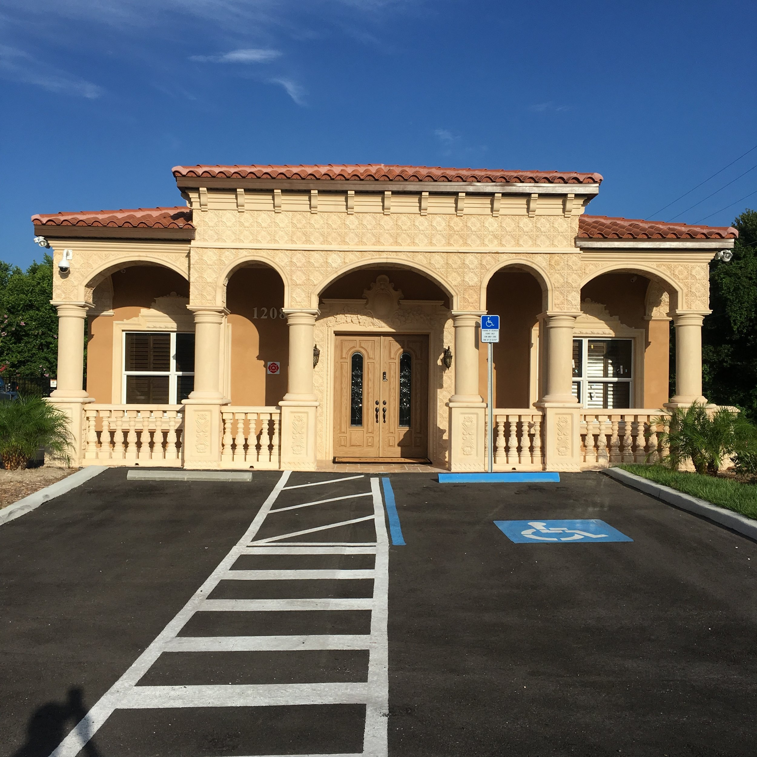 Custom office in Tampa built by A&S Custom Construction Inc.