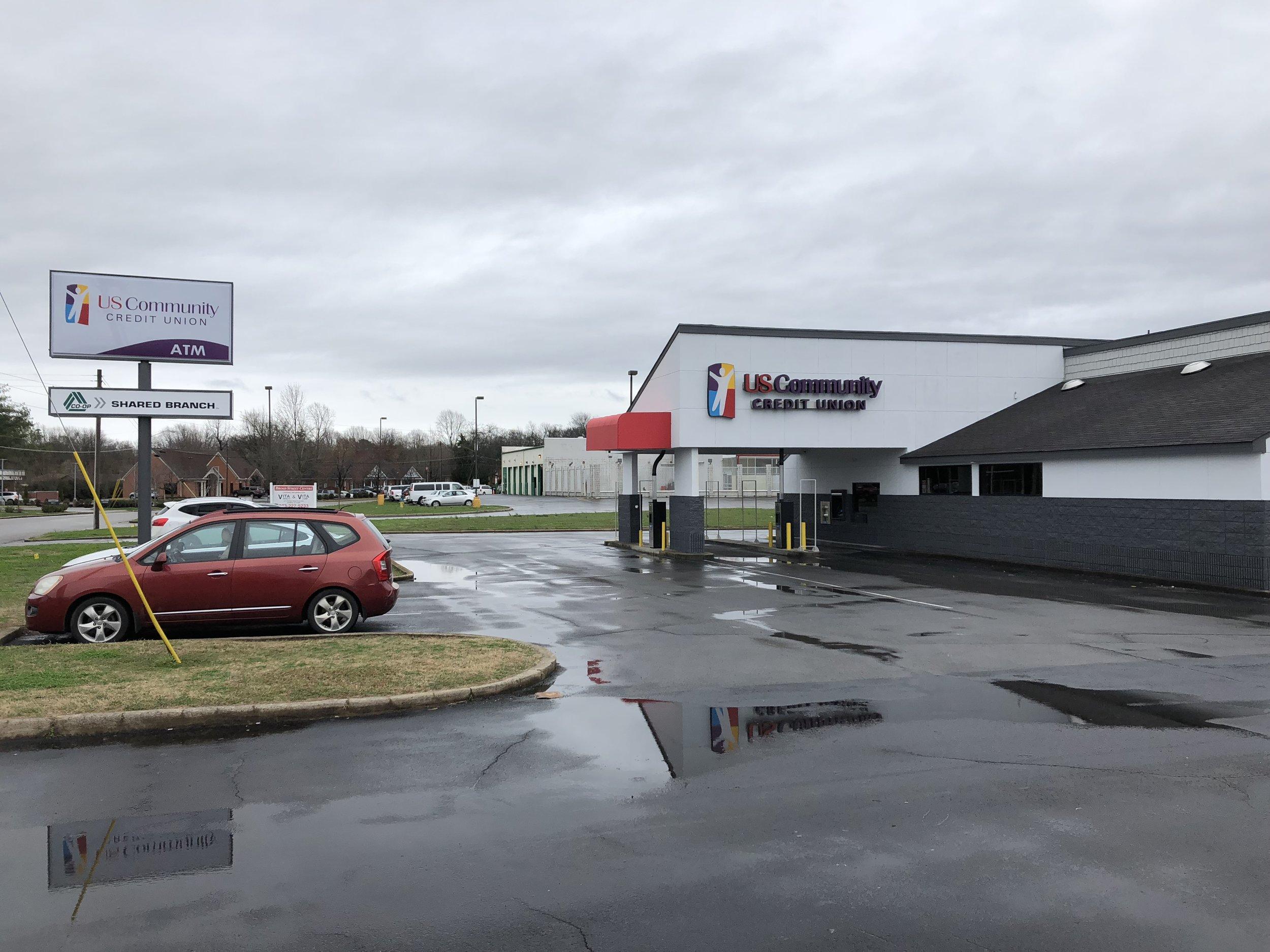 A side photo of the Murfreesboro branch facade