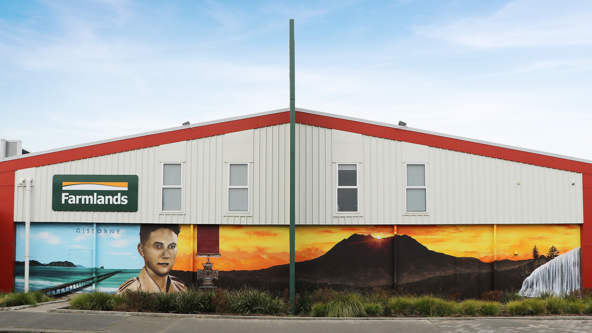 Gisborne_HOTC_Mural.jpg