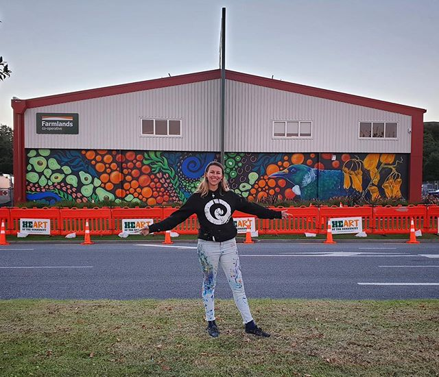 And that's a wrap! Erika has completed a beautiful mural on our Tauranga store. Make sure you come down to the official unveiling tomorrow from 10:30am for a BBQ, games and a massive group selfie!  @erikapearce.artist #heartofthecommunitynz #farmlands #art #mural